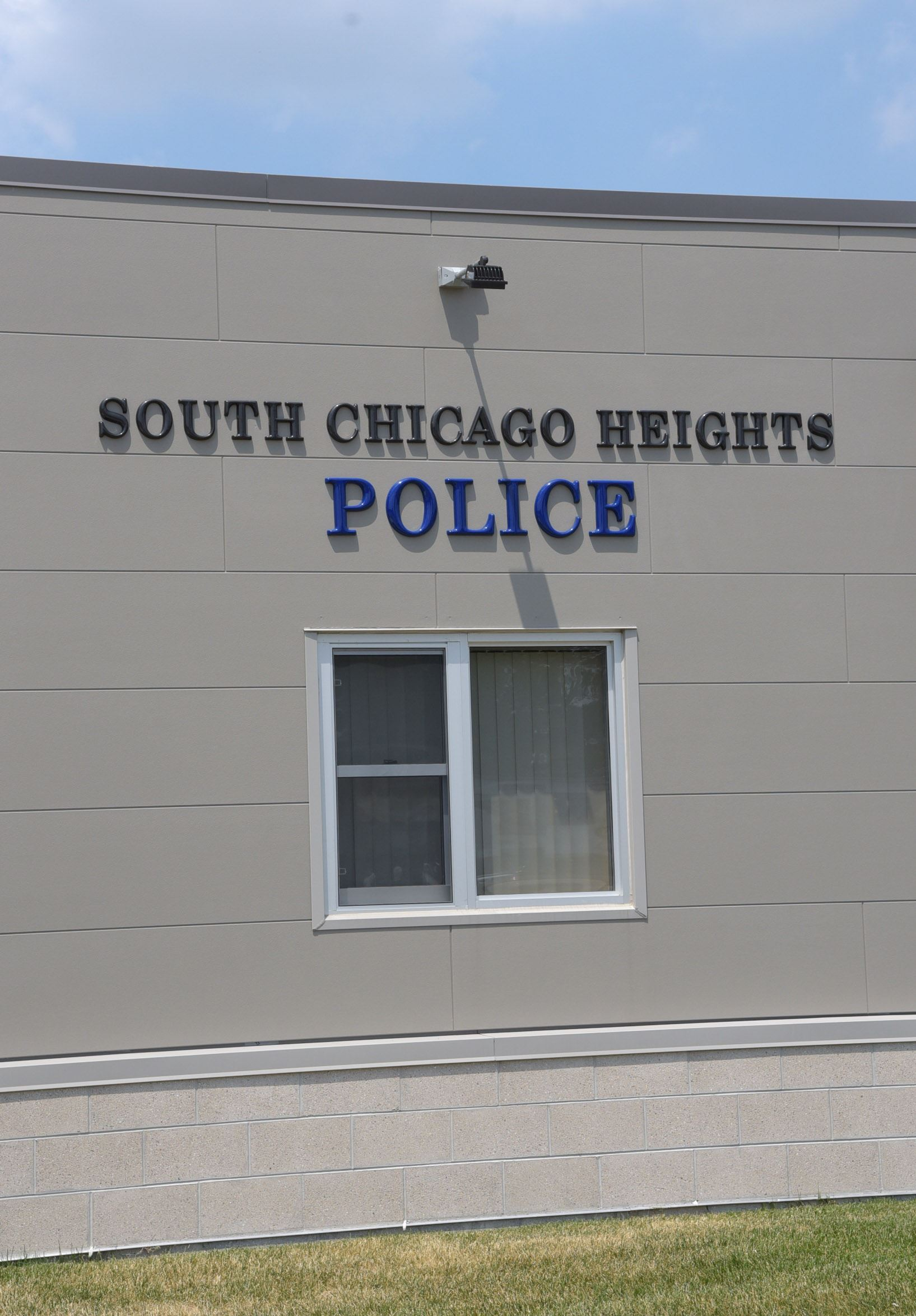 Front of the South Chicago Heights police building